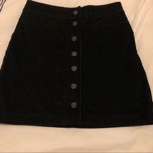 Aritzia Wilfred Free Karmen Skirt